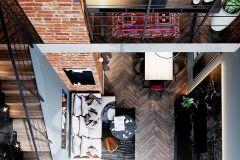 apartament-w-warszawie-styl-loftowy-i-art-deco-cegła-w-salonie-Artystyczny-Żoliborz-salon